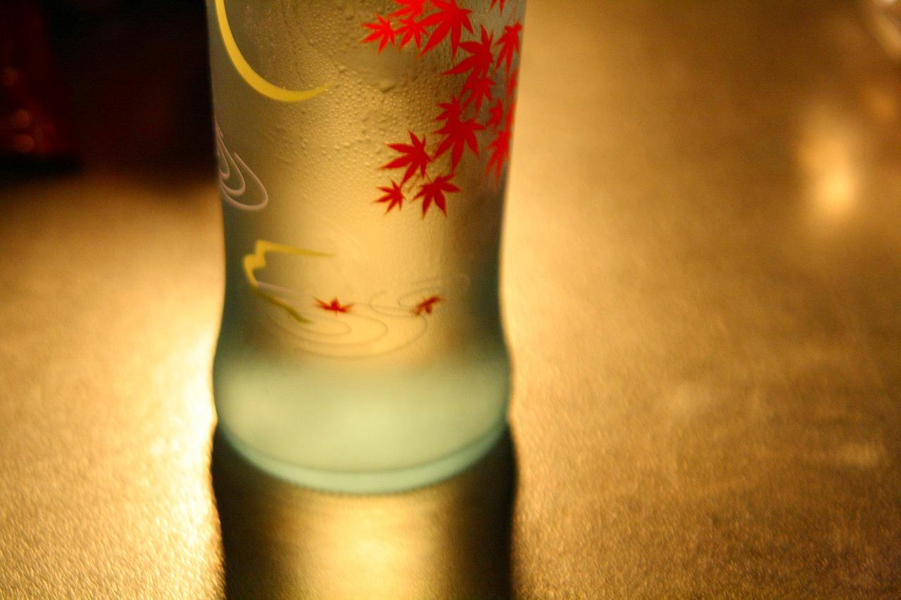 前へ 次へ 出典  お酒・ワインをテーマにしたちょっとオトナの壁紙画像集♪